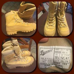 Danner Shoes - Danner Boots NWOT