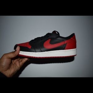Low Top Bred 1s