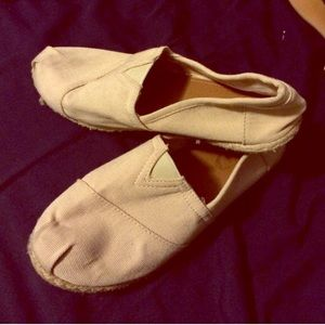 55 sole mates shoes canvas shoes like toms from