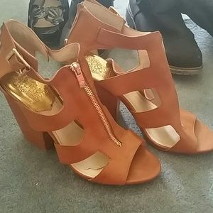 Vince camuto brown heeled sandals