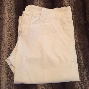 Abercrombie & Fitch Pants - White A&F Capri Pants