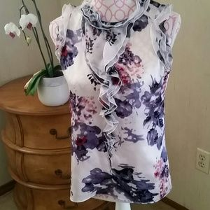 Kenar Tops - Kenar 100% silk floral top. Size small.