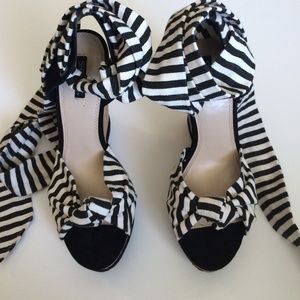 Shoemint Shoes - Black & White Striped Wedges