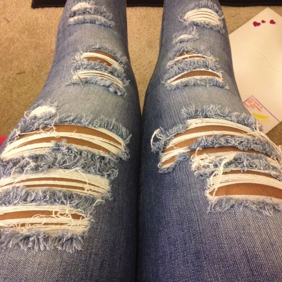 Pacsun Ripped Jeans. M 552c4448afcd0e07380142e3 7f76517e59