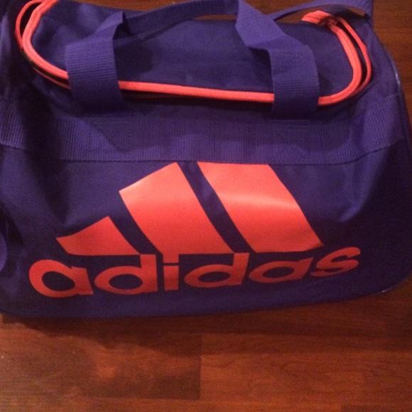 b848a8b2d02 blue and pink adidas duffel bag   Défi J arrête, j y gagne!