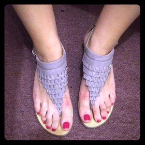 Report Sandals