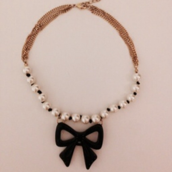 Betsey Johnson Betsey Johnson Pearl Black Bow Necklace