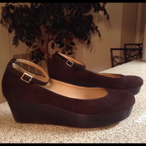 9943ac36beb kate spade Shoes - Kate Spade Dark Brown Suede Ankle Strap Platform 8