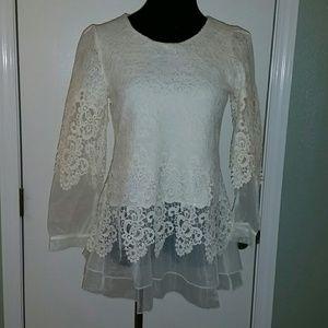 ♡♡ SALE  ♡♡ Lace and chiffon blouse size small