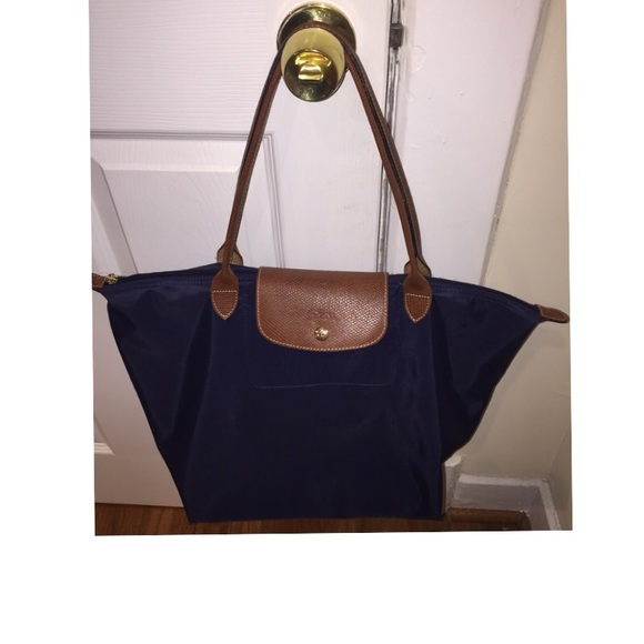 Longchamp Handbags - Longchamp  Large Le Pliage  Tote (authentic ... eb17585211