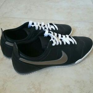 Nike Shoes - Nike Fivekay Women's Casual Shoes
