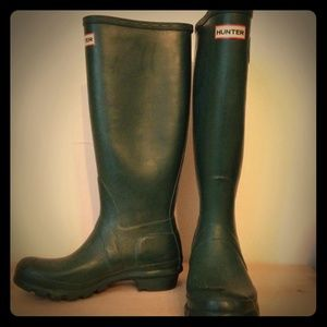 Green hunter wellies - rain boots