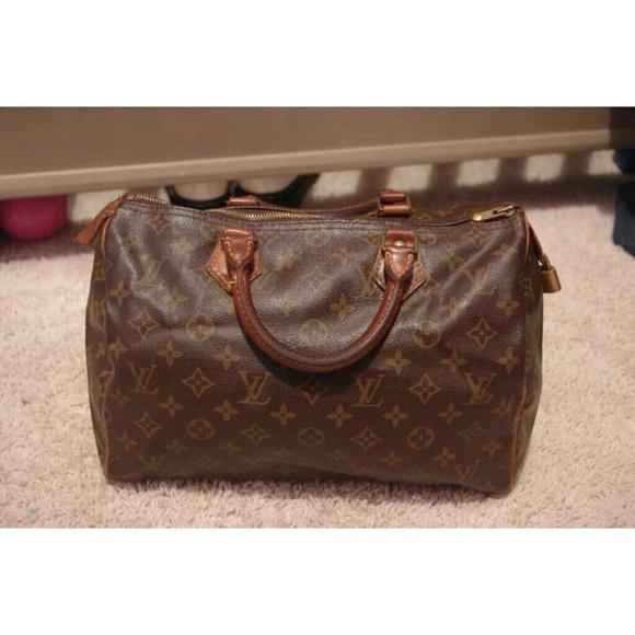 d5e247ba5712 Louis Vuitton Handbags - Authentic Vintage Louis Vuitton Speedy 30