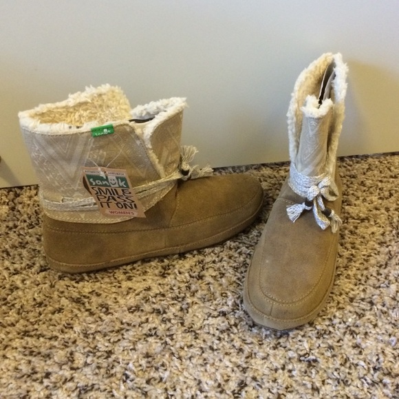 632dde3ca47a Sanuk Women s Soulshine Chill Boots