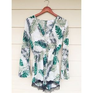 Tops - Palm leaves romper
