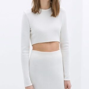 Zara Tops - Zara Cropped Top