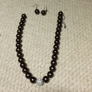 Jewelry - Chocolate pearl necklace earring set