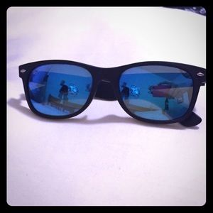 Blue mirrored lens Ray ban Wayfayer sunglasses