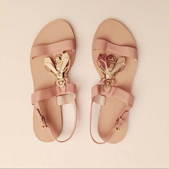 Nude Gold Bee Zara Sandals With Flat Detail vmOyNwP8n0