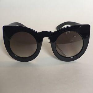 Round cat eye sunglasses 🕶