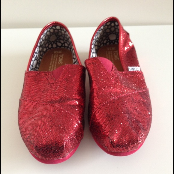61a9933feed TOMS Shoes - Red Glitter TOMS Size 7.5