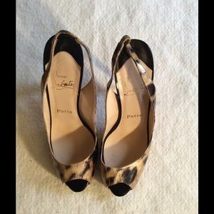Authentic Christal Louboutin Leopard Heel- 39.5