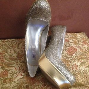 dc1179222dea Jennifer Lopez Shoes - JLo