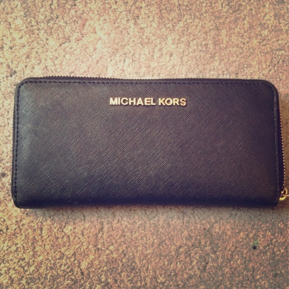 0b71103502e7 Jet set travel Saffiano leather continental wallet.  M_552eb66b31baf2220e0372cb. Other Bags you may like. Authentic Michael Kors  Card Holder