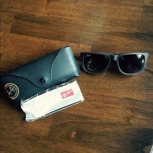 NWOT ray ban sunglasses