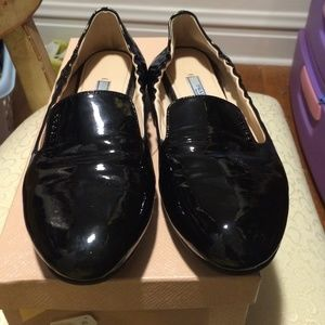 prada vernice shoes
