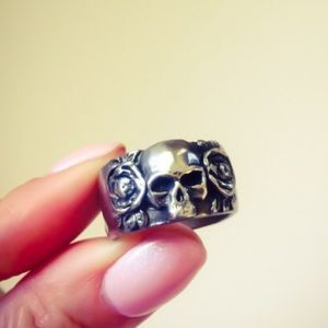 Double-sided Heart / Skull Ring