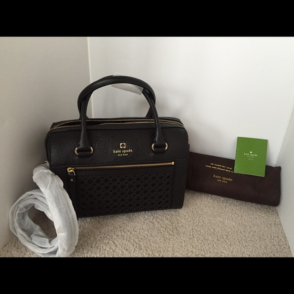 5834fbfbf69c Kate Spade Black Delaney crossbody bag