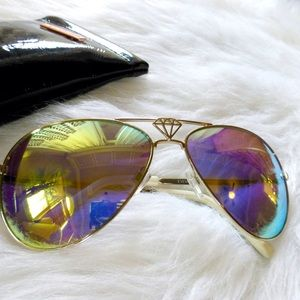 One Teaspoon Accessories - = ONE x one teaspoon mirror aviator sunglasses