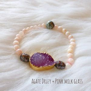 Jewelry - = Agate Druzy + pink milk glass stretch bracelet