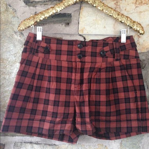 Ben Sherman highwaisted orange/black tartan shorts