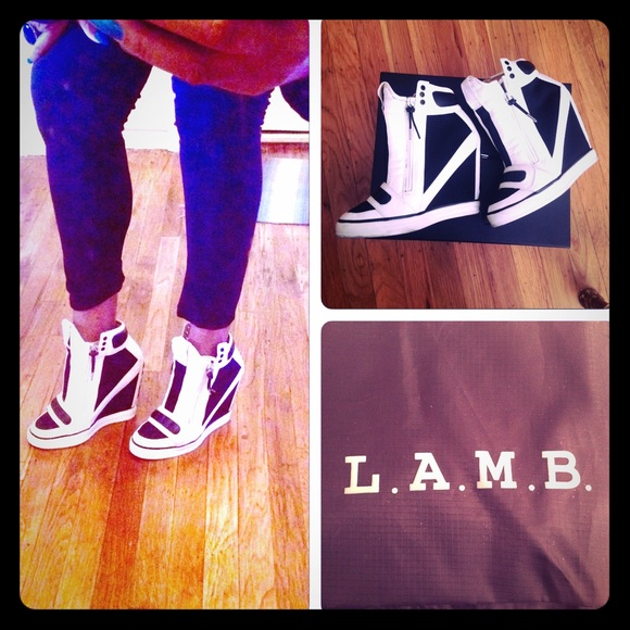 2180eb886ad9 L.A.M.B. Shoes - L.A.M.B