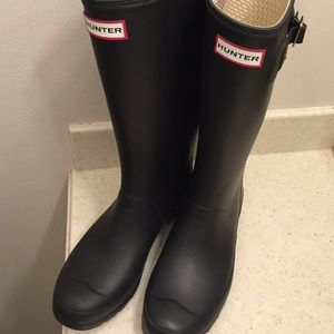 "Hunter ""Huntress"" Black Wellies size 8"