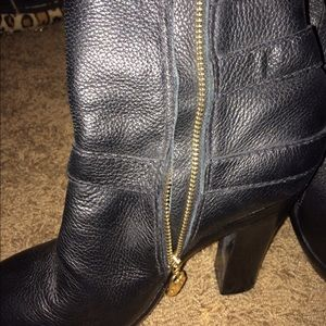 Juicy Couture Shoes - Juicy couture leather boots