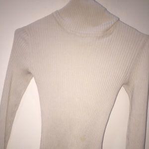 Alcott Sweaters - T-shirt