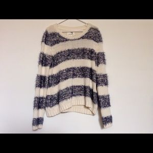 Anthropologie Tops - Anthropologie pullover
