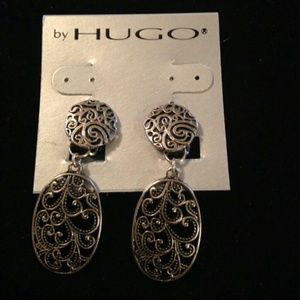hugo Jewelry - Earrings