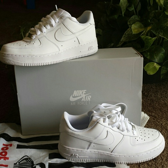 Fresh air force 1 with box