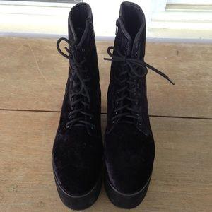 4375cec81 YRU Shoes - 🎉Sold on depop! 🎉Platform yru boots black velvet