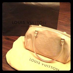 Louis Vuitton | Vernis Monogram | Blanc Sherwood