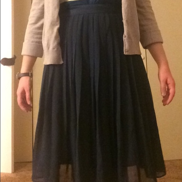 c72f678a8 H&M Skirts | Dark Blue Pleated Chiffon Skirt | Poshmark