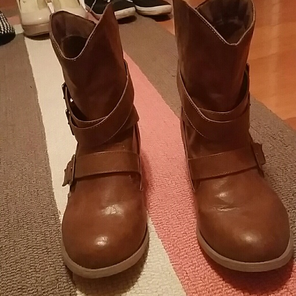 51 mudd shoes mudd brown ankle boots from sabrina s