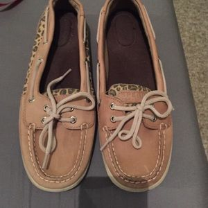 Sperry tan leopard print