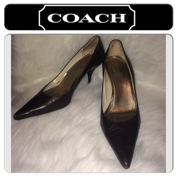 Coach Amy Leather Pumps new sale online find great cheap price 100% authentic cheap price rAJ0yNC