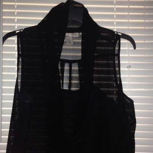 Forever 21 Tops - Black Sleeveless Blouse with strap