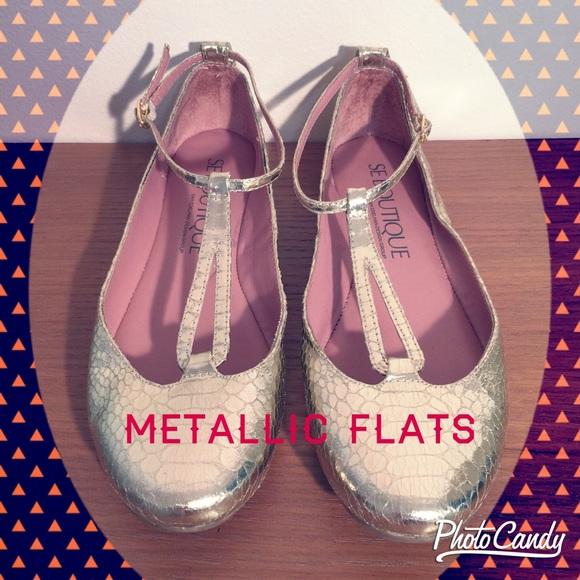 2a5257c043834b Se Boutique Metallic Gold Flats. M 553281407fab3a1b3c002979